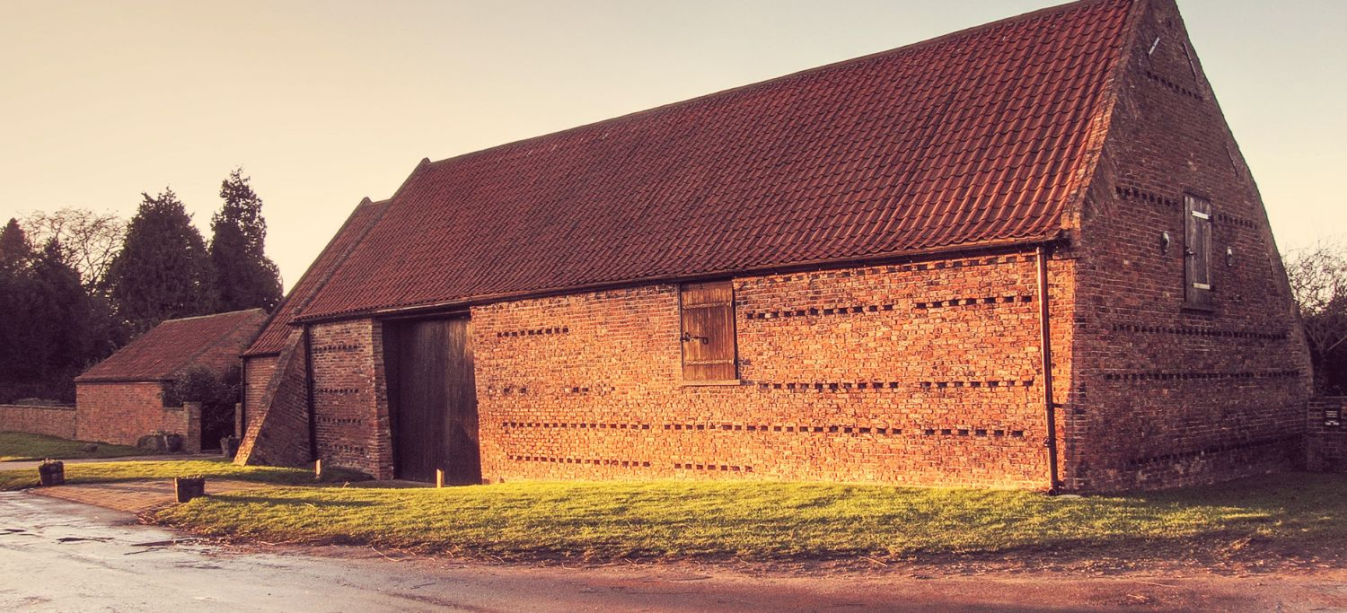 http://poppletontithebarn.co.uk/wp-content/uploads/2016/07/slider-barn.jpg